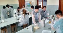 Estrenamos laboratorio de químicas en las esclavas