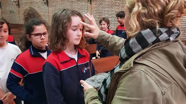 Imposición de la ceniza 2018 Colegio Esclavas SCJ Cádiz